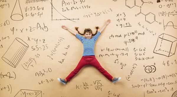Bé học toán tư duy