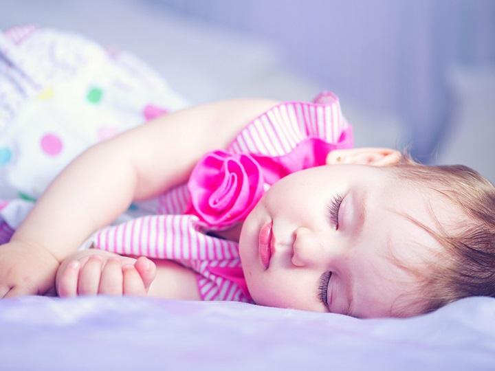 Hát ru bé ngủ